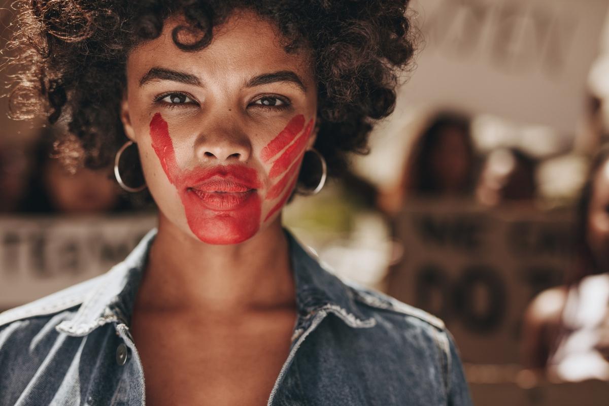 """A palavra de 2019 em Portugal é """"violência [doméstica]"""""""