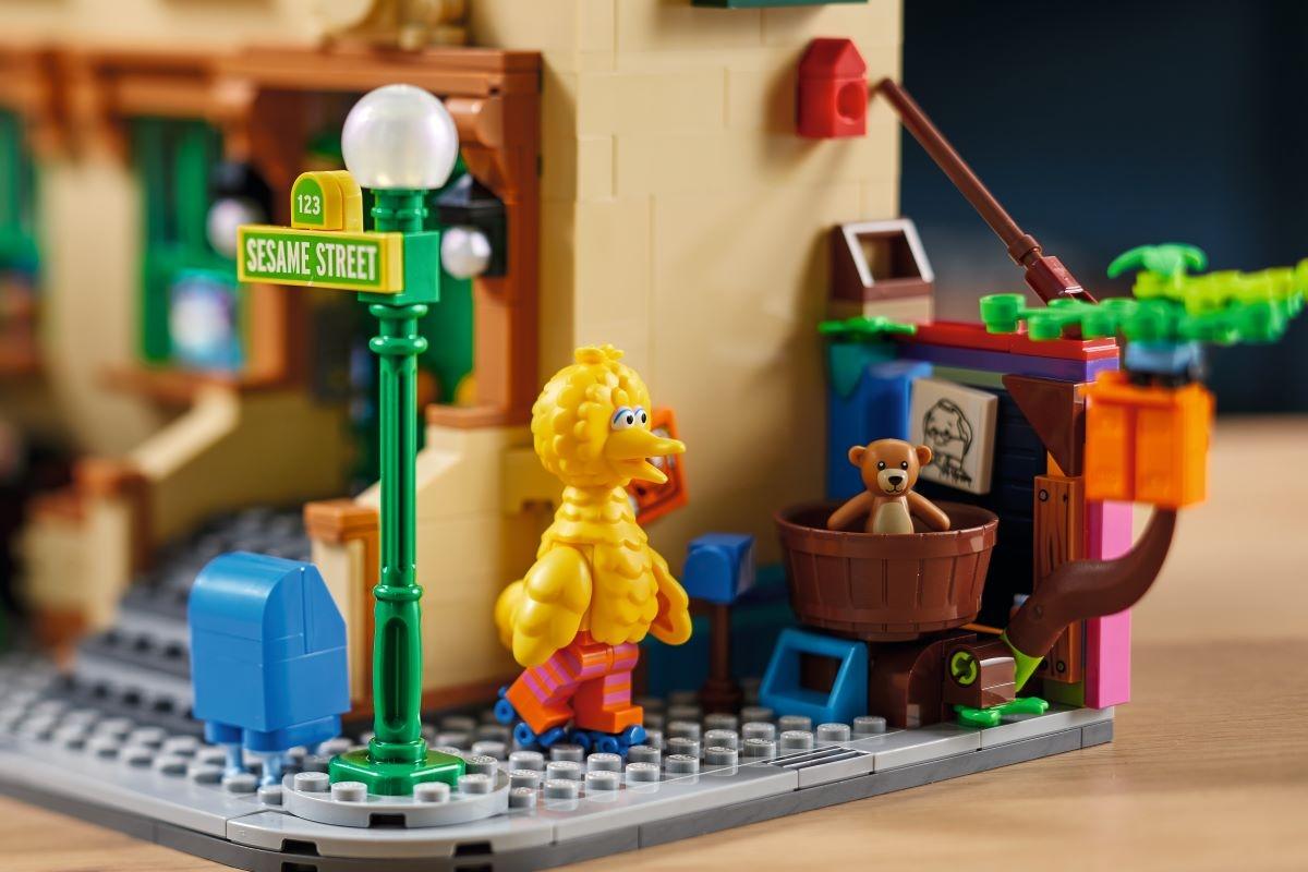 VEM AI O NOVO SET LEGO® IDEAS 123 SESAME STREET