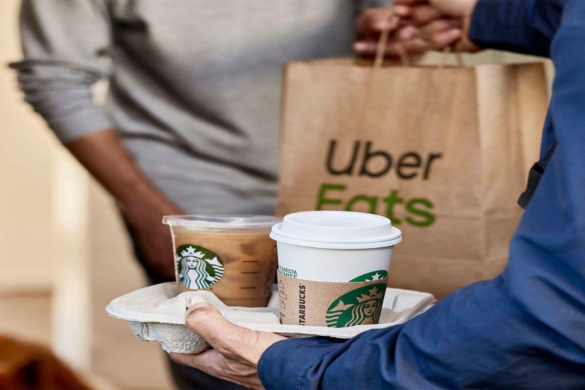 A Starbucks® chega a todo o lado com o Uber Eats!