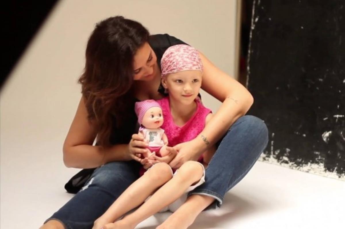 Fundação Juegaterapia e os Baby Pelones dão mais alegria às crianças com cancro
