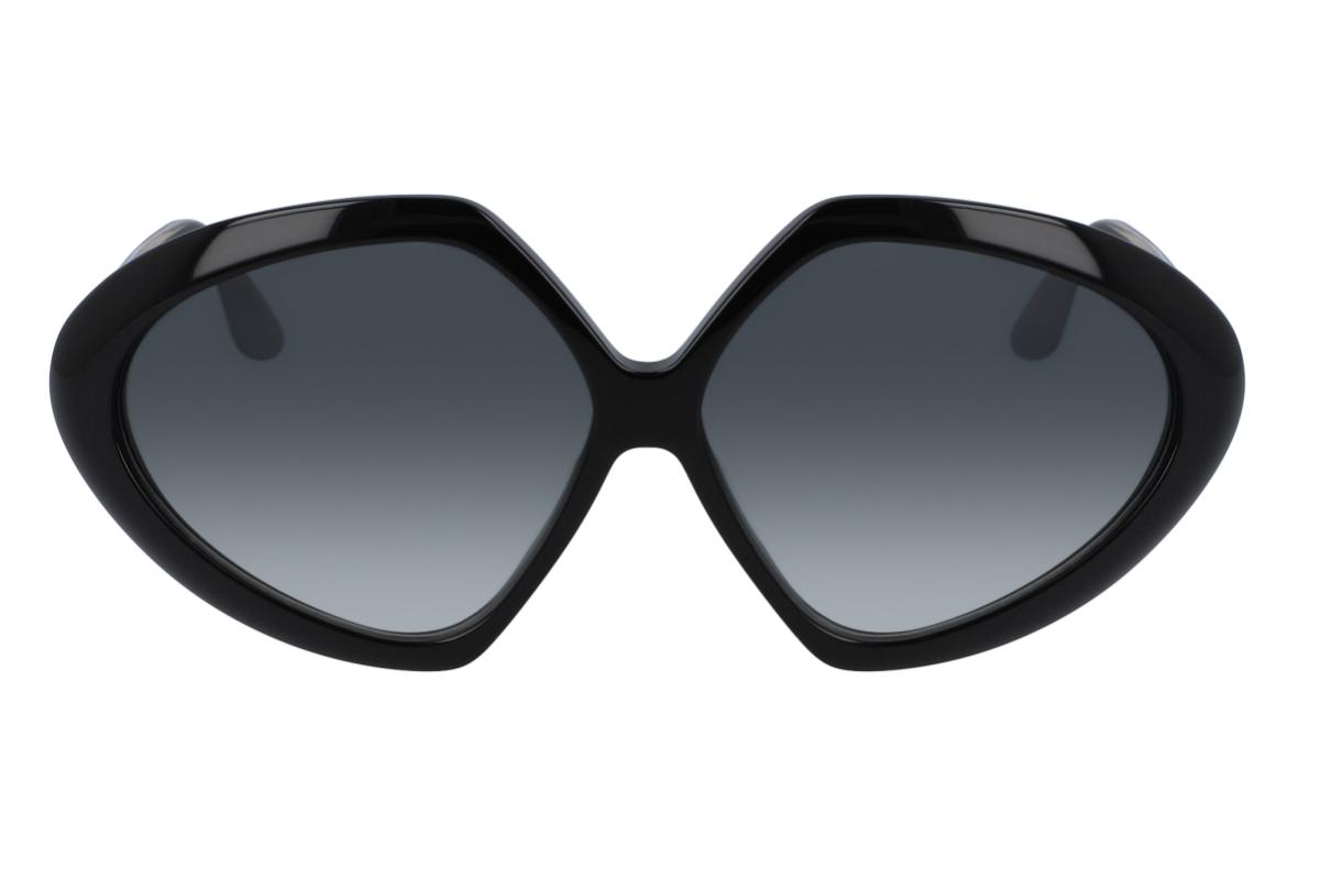 Victoria Beckham lança novo modelo de óculos de sol