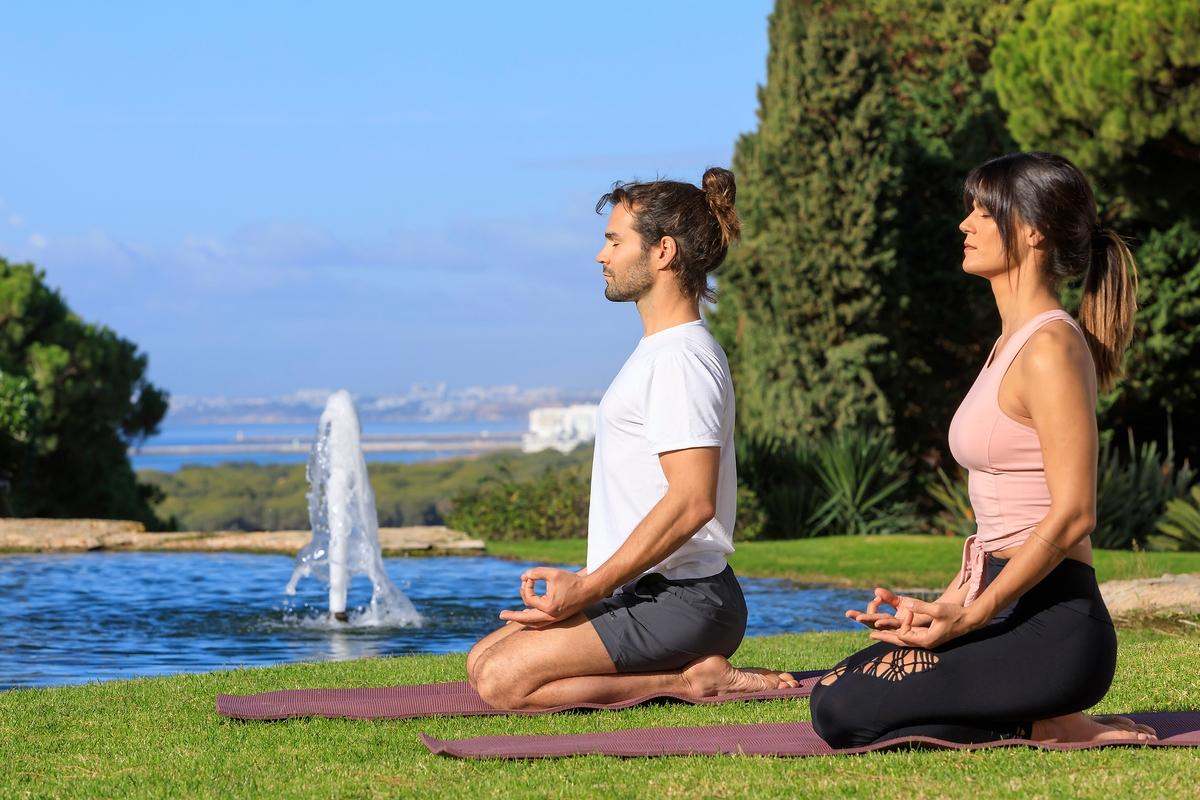 Vale do Lobo recebe Mestre em Movimento Mindful e Yoga