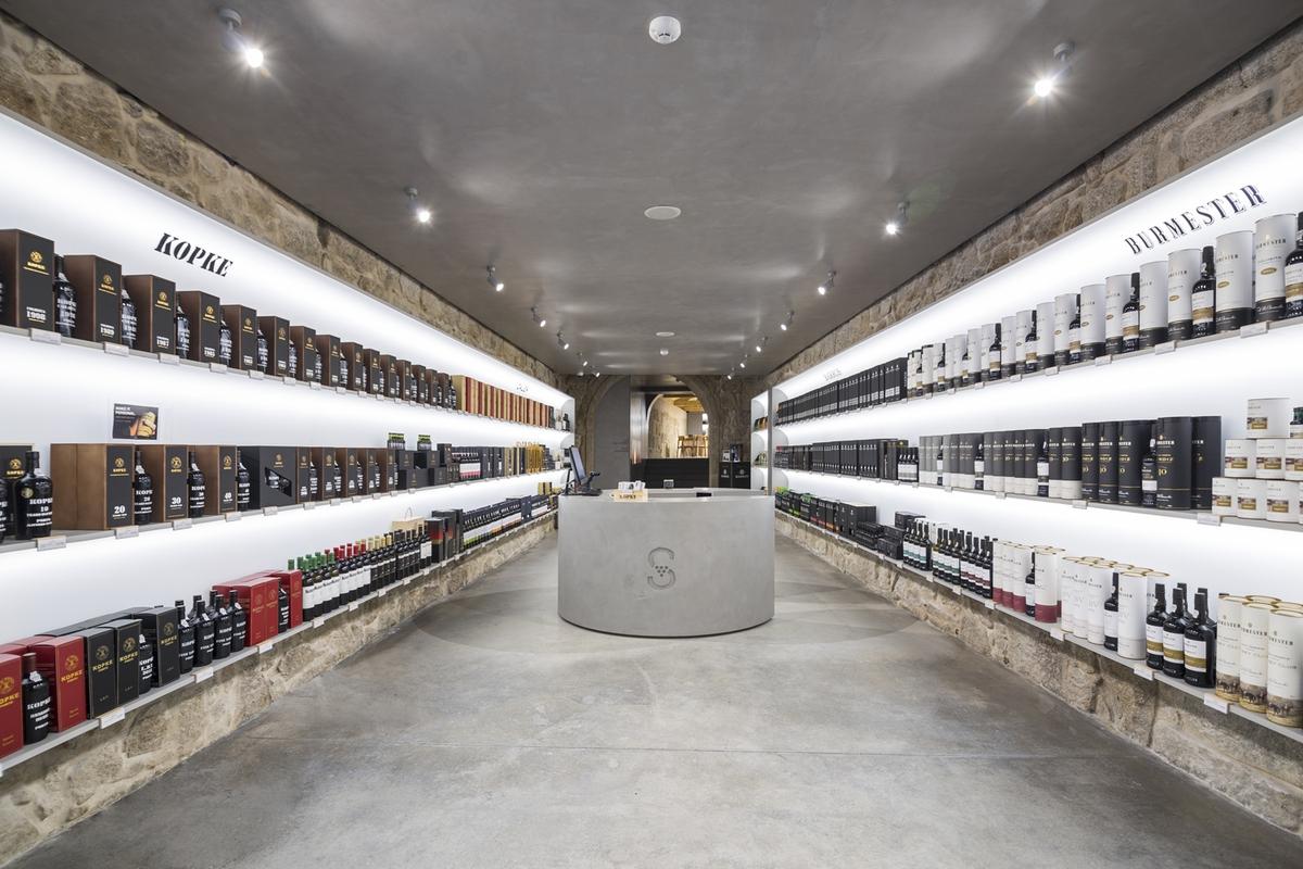 Grupo Sogevinus abre primeira loja no Porto
