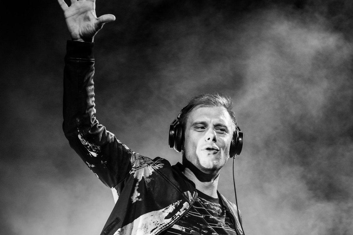 Armin Van Buuren é cabeça de cartaz da Beach Party 2020