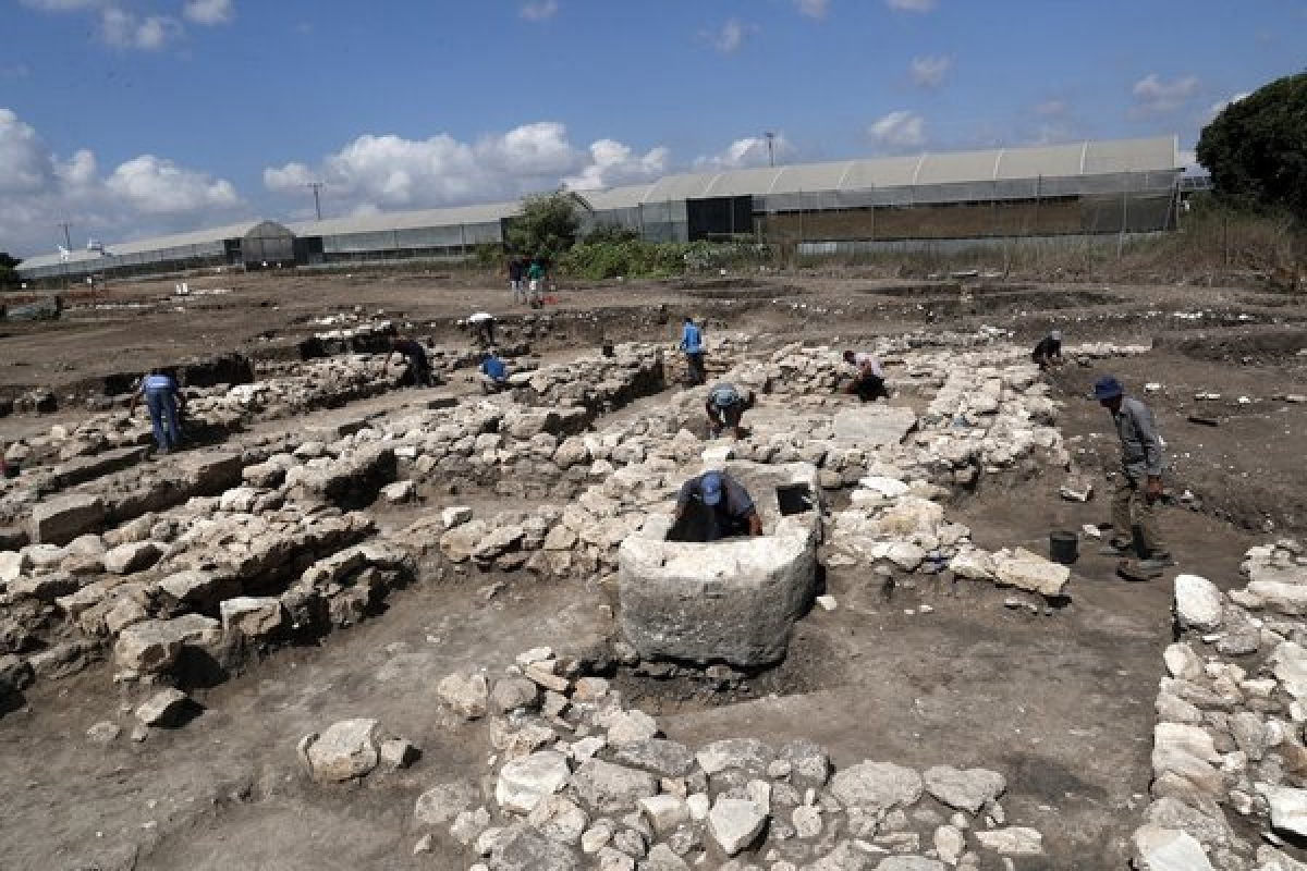 Descoberta cidade com 5.000 anos no norte de Israel