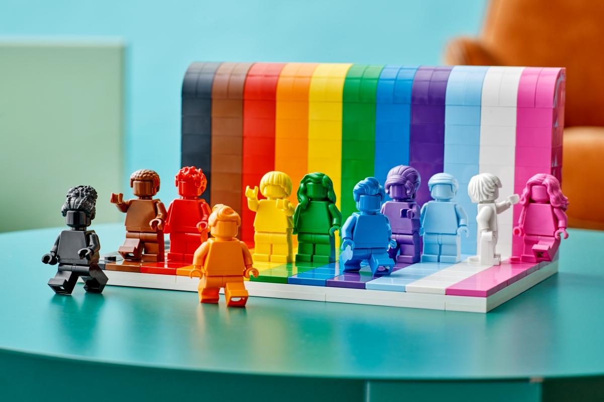"""O set LEGO® """"Todos São Incríveis"""" celebra a diversidade dos fãs"""